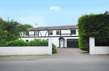 5 bedroom Detached property in Swallow Street, Iver...
