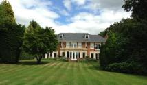 Detached home in Top Park, Gerrards Cross...