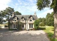 5 bed Detached property in The Old Manse, Farr...