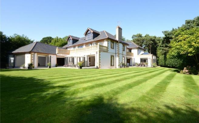 5 Bedroom Detached House For Sale In Haig Avenue Canford