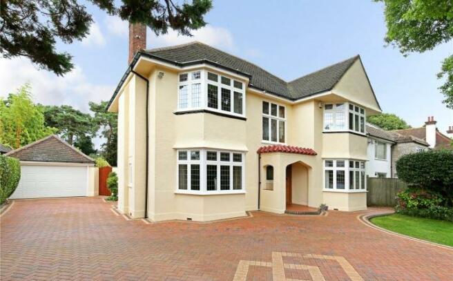 4 Bedroom Detached House For Sale In Dunkeld Road Talbot