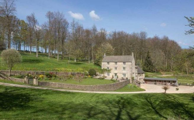 5 Bedroom Detached House For Sale In Bagendon Cirencester