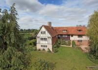 8 bed house in Biddenden, Ashford, Kent...