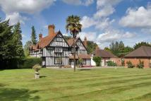 6 bedroom Detached house for sale in New Road, Langley...
