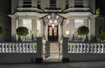 6 bed Apartment for sale in Holland Park, London, W11