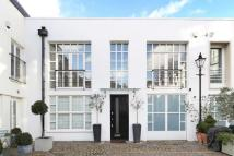 3 bedroom Mews in Napier Place, London, W14