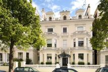 5 bed Apartment for sale in Holland Park, London, W11