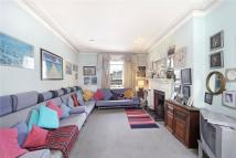 3 bed Apartment for sale in Holland Park Gardens...