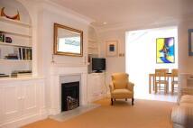 4 bedroom property to rent in Waterden Court...