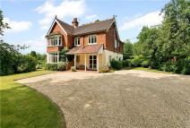 5 bed Detached house for sale in Bowcott Hill, Arford...