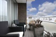 Apartment in George Street, London...