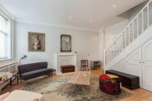 2 bedroom house to rent in Gloucester Place Mews...