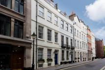 4 bedroom house in St James's Place, London...
