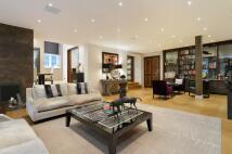 Apartment in Grosvenor Square, London...