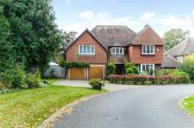 5 bed Detached home in Headlands Drive...
