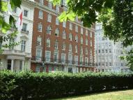 Grosvenor Square Apartment to rent