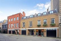 4 bedroom property to rent in Hay s Mews, Mayfair, W1
