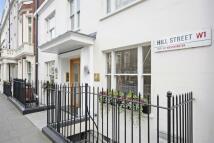 Studio flat to rent in Hill Street, Mayfair, W1K