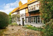 6 bed Detached house in High Street, Wargrave...