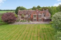 8 bedroom Detached property for sale in Howe Road, Watlington...