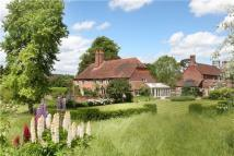 4 bed Detached home for sale in Pyrton, Watlington...