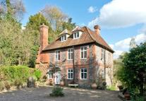 5 bed Character Property in Henley Road, Medmenham...