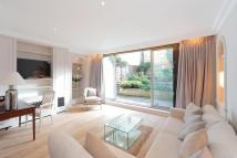 2 bed Apartment in Pont Street, London, SW1X