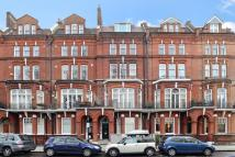 Apartment for sale in Elm Park Gardens, London...
