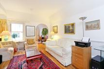 2 bedroom Apartment in Harrington Gardens...