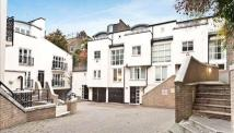 Apartment to rent in Peony Court, Park Walk...