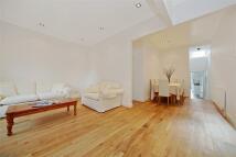 3 bed Apartment in Milner Street, Chelsea...