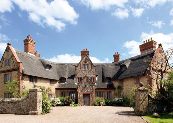 8 bedroom detached house for sale in happisburgh manor for Manors for sale in usa