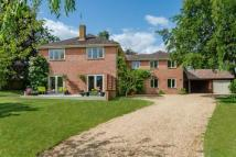 5 bed Detached property for sale in East Grimstead...
