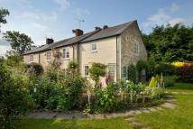 4 bed semi detached property in Mill Green, Weald...