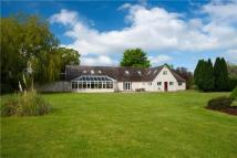 5 bed Detached property in Waterperry Common...