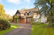 Detached house in Preston Crowmarsh...