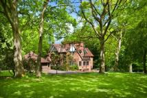 5 bed Detached house for sale in Old Road, Shotover Hill...