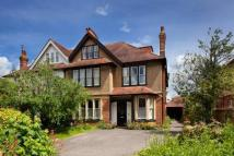 9 bed semi detached house in Woodstock Road, Oxford...