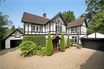 5 bedroom Detached home for sale in Larch Avenue, Ascot...