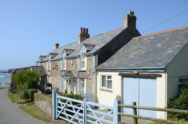 4 Bedroom Detached House For Sale In Port Gaverne Port