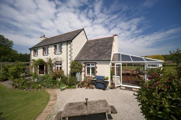 4 Bedroom Detached House For Sale In Chapel Amble Wadebridge Cornwall Pl27 6ep Pl27