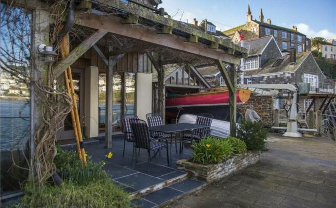 Terrace & Boathouse