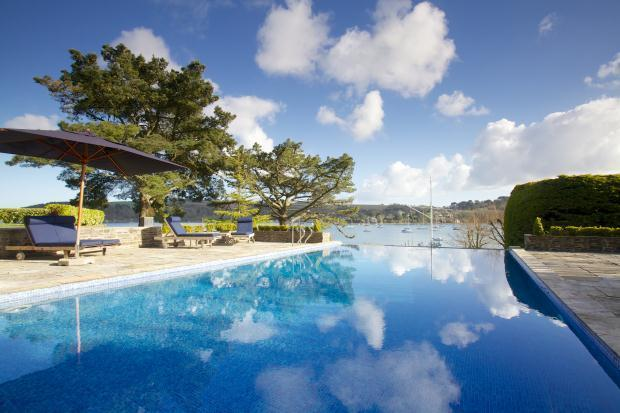 6 Bedroom Detached House For Sale In Helford Passage Near Falmouth Cornwall Tr11 5lf Tr11