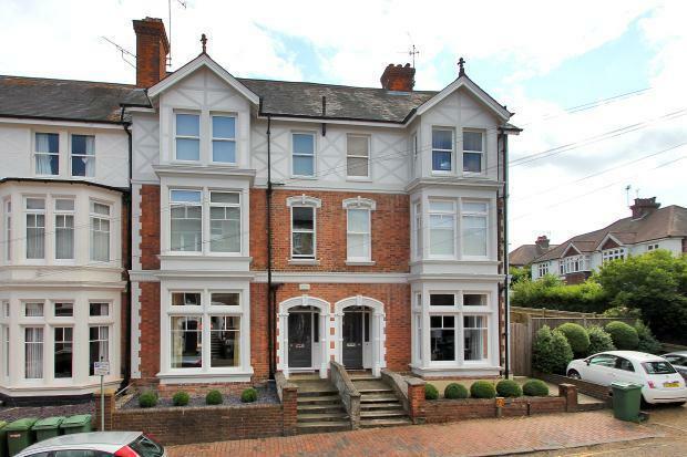 6 bedroom terraced house for sale in guildford road. Black Bedroom Furniture Sets. Home Design Ideas