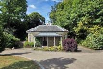 Detached house in Mount Ephraim...