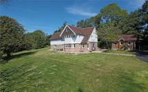 5 bed Detached home in Yew Tree Lane...