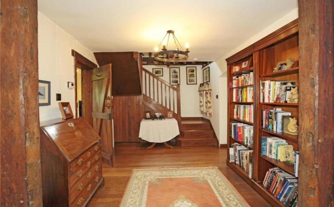 Reception/Library