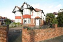3 bedroom Terraced house to rent in East Lane,  Wembley, HA9