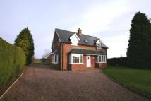 4 bedroom Detached house in Cross O'Th Hill, Malpas...