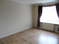 2 bed Ground Flat to rent in Gallacher Avenue, Leven...